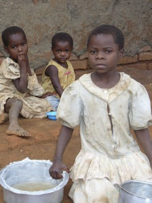 Malawi Children Cleaning